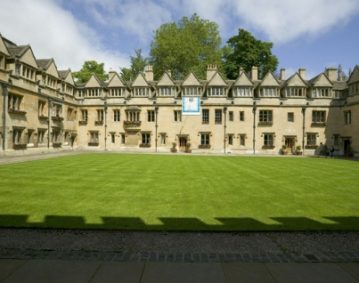 Bucksmore Education Brasenose College Kompas